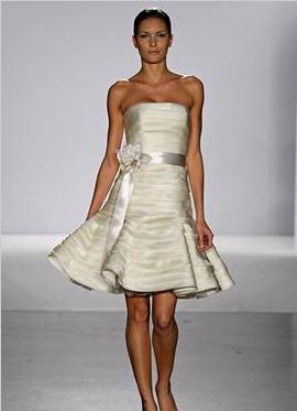 Wedding Dresses Designs Photos Pictures Pics Images: Short Wedding ...