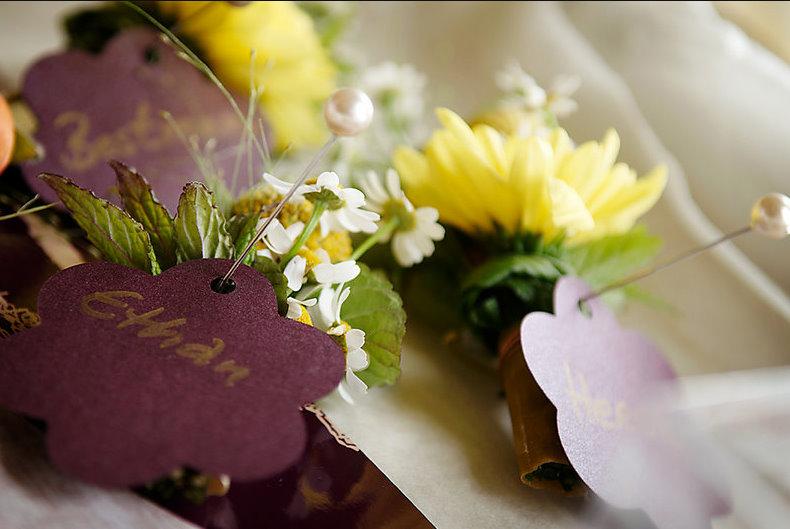 Alternative Wedding flowers bnuttonhole