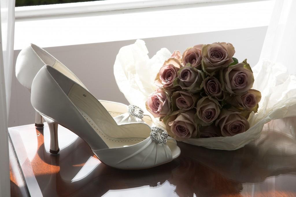 Elegant Affair Avalanche roses