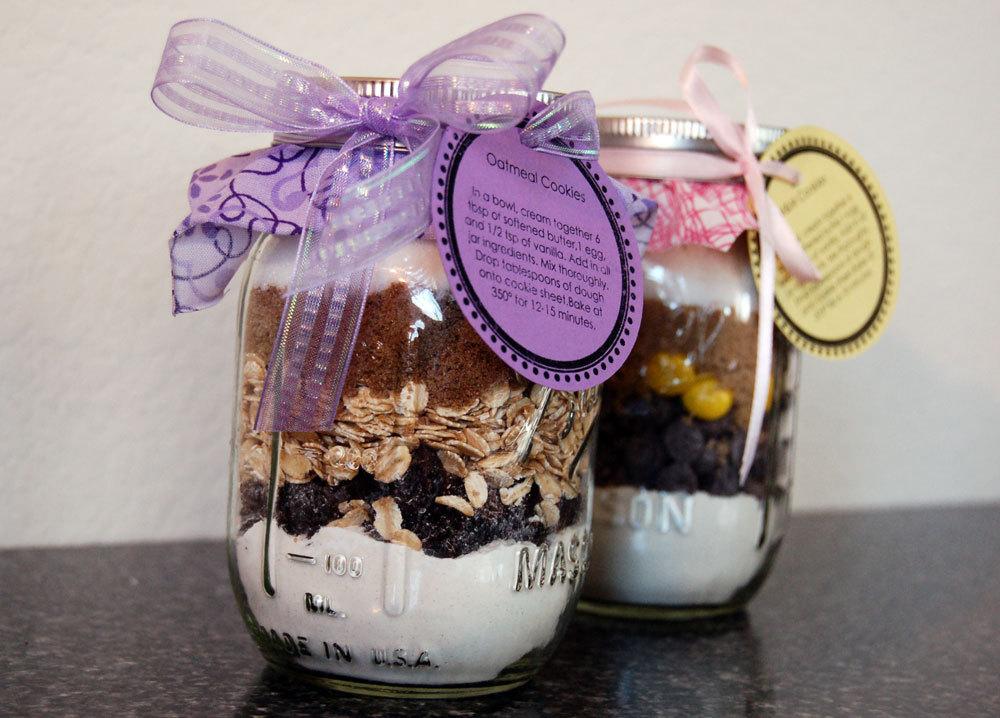 Edible Wedding Favors cookie in a jar