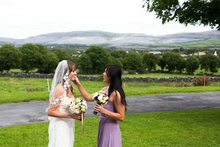 Castle and a Céilí bride and bridesmaid picturesque background
