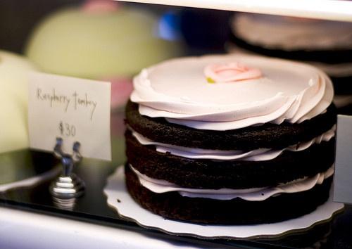raspberry naked cakes