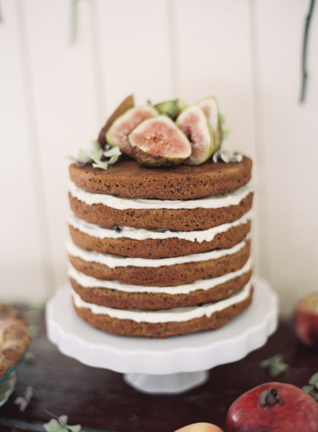 sponge naked cakes