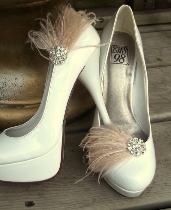 Sunday Shoes - Shoe Clips white feather