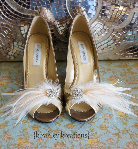 wedding feather Sunday Shoes - Shoe Clips