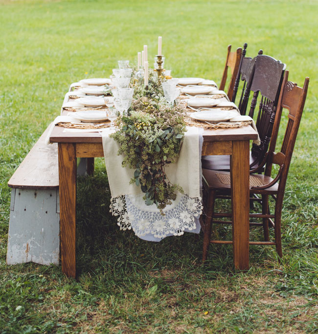 rustic full table garland wedding in a Tabletop Garlands
