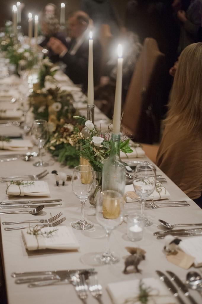 winter wedding table decor