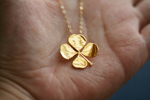 Irish gift gold leaf clover
