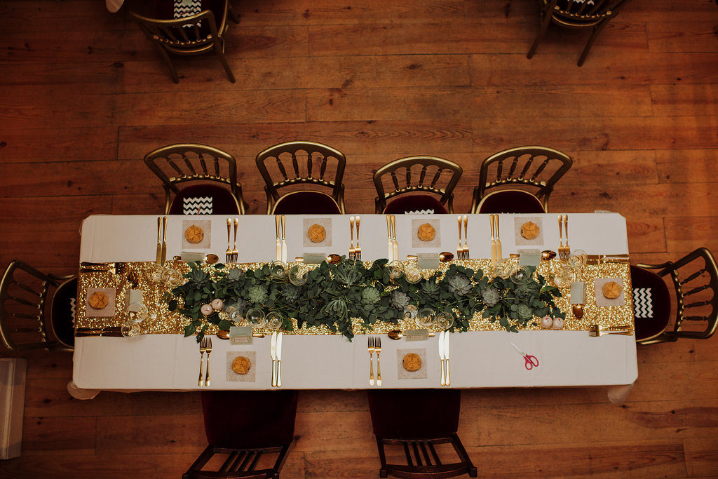 gold and glitter wedding table destination wedding Ireland